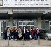 Žiaci Gymnázia z Topoľčian na Strojníckej fakulte STU
