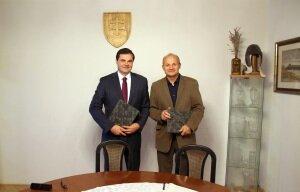 Podpis zmluvy medzi SjF STU v Bratislave a Slovenským metrologickým ústavom